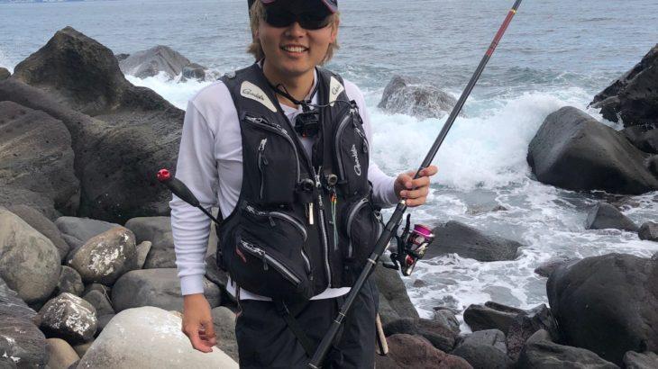 「江之浦のゴロタにある大岩」からの「江之浦漁港」フカセ釣りしてきました!釣果の程は・・?【ゴロタ編】